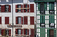 France, Aquitaine, Pyrénées-Atlantiques, Pays Basque, Bayonne: Hôtel des basques, place Paul Bert// France, Pyrenees Atlantiques, Basque Country, Bayonne: Basque hotel