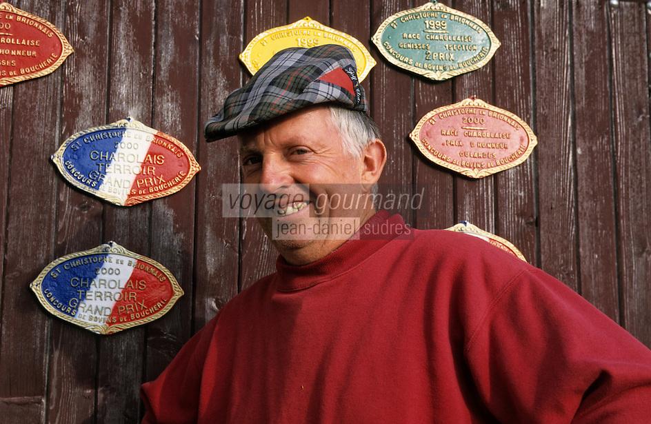 Europe/France/Bourgogne/71/Saône-et-Loire/St Christophe en Brionnais: Henri Velut - emboucheur - éleveur de vaches charolaises grasses [Non destiné à un usage publicitaire - Not intended for an advertising use]