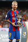 FC Barcelona's Leo Messi celebrates the victory in theSupercup of Spain.August 17,2016. (ALTERPHOTOS/Acero)