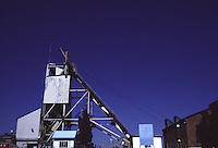 SUDAFRICA - Kimberley, miniera di diamanti di Bultfontein ( Miniere De Beers): una costruzione all'aperto.