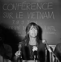 1974 06 - FONDA Jane - CONFERENCE VIETNAM