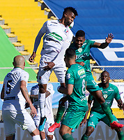 BOGOTA-COLOMBIA, 10-10-2020: Joan Castro jugador de La Equidad, anota gol de cabeza a Once Caldas, durante partido entre La Equidad y Once Caldas, de la fecha 13 por la Liga BetPlay DIMAYOR 2020, jugado en el estadio Metropolitano de Techo en la ciudad de Bogota. / Joan Castro player of La Equidad, scored a head goal to Once Caldas, during a match between La Equidad and Once Caldas, of the 13th date for BetPlay DIMAYOR League 2020 at the Metropolitano de Techo stadium in Bogota city. / Photo: VizzorImage  / Samuele Norato / Cont.