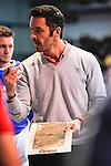 MANNHEIM, DEUTSCHLAND, FEBRUAR 01: Viertelfinale in der 1. Hockey Bundesliga der Herren, Hallensaison 2013/2014. Begegnung zwischen dem Mannheimer HC (blau) und RW Köln (rot) am 01. Februar, 2013 in der Irma-Röchling-Halle in Mannheim, Deutschland. Endstand 4-6. (4-1) (Photo by Dirk Markgraf / www.265-images.com) *** Local caption *** Trainer Frederik Merz von RW Köln