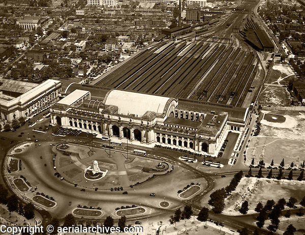 historical aerial photograph Union Station, Washington, DC, 1931