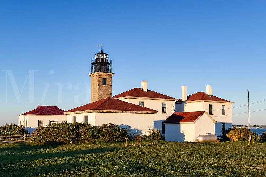 Beavertail  lighthouse, Beavertail  State Park, Jamestown, Rhode Island, USA.