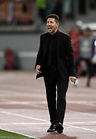 Football Soccer: UEFA Champions League AS Roma vs Atletico Madrid Stadio Olimpico Rome, Italy, September 12, 2017. <br /> Atletico Madrid's coach Diego Simeone speaks to his players during the Uefa Champions League football soccer match between AS Roma and Atletico Madrid at at Rome's Olympic stadium, September 12, 2017.<br /> UPDATE IMAGES PRESS/Isabella Bonotto