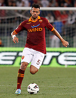 Calcio, Serie A: Roma vs Chievo Verona. Roma, stadio Olimpico, 7 maggio 2013..AS Roma defender Leandro Castan, of Brazil, in action during the Italian Serie A football match between AS Roma and ChievoVerona at Rome's Olympic stadium, 7 May 2013..UPDATE IMAGES PRESS/Riccardo De Luca