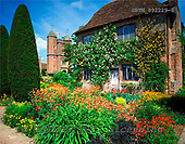 Tom Mackie, FLOWERS, photos, Sissinghurst Gardens & Cottage, Sissinghurst, Kent, England, GBTM892229-6,#F# Garten, jardín