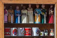 Espagne, Navarre, Pampelune:  Objets  Souvenir touristiques//  Spain, Navarre, Pamplona: Souvenirs