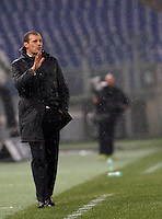 Calcio, quarti di finale di Coppa Italia: Lazio vs Juventus. Roma, stadio Olimpico, 20 gennaio 2016.<br /> Juventus coach Massimiliano Allegri gives indications to his players during the Italian Cup quarter final football match between Lazio and Juventus at Rome's Olympic stadium, 20 January 2016.<br /> UPDATE IMAGES PRESS/Isabella Bonotto
