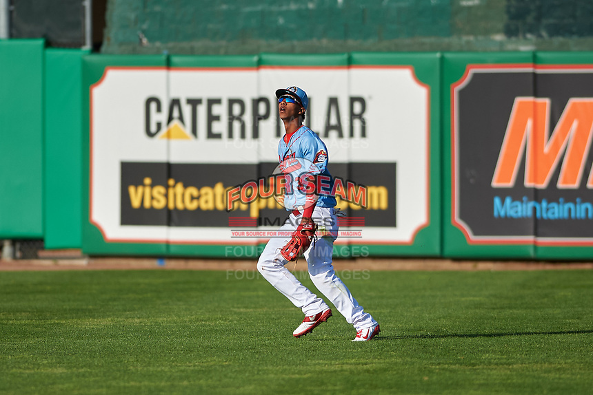 Peoria Chiefs right fielder Wadye Ynfante (3) during a Midwest League game against the Bowling Green Hot Rods at Dozer Park on May 5, 2019 in Peoria, Illinois. Peoria defeated Bowling Green 11-3. (Zachary Lucy/Four Seam Images)