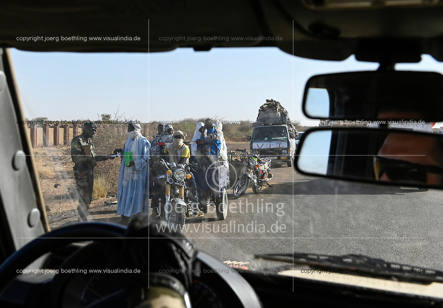 MALI, Gao, Minusma UN peace keeping mission, Camp Castor, german army Bundeswehr, patrol , passing a checkpost of FAMa malian armed forces