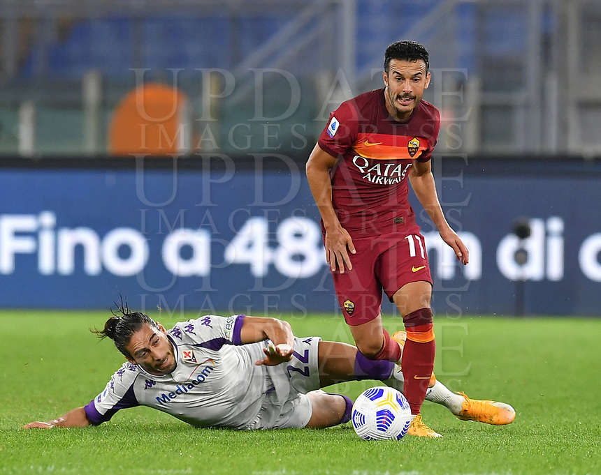 Football, Serie A: AS Roma - Fiorentina, Olympic stadium, Rome, November 1, 2020. <br /> Roma's Pedro Rodriguez (r) in action with Fiorentina's Martin Caceres (l) during the Italian Serie A football match between Roma and Fiorentina at Olympic stadium in Rome, on November 1, 2020. <br /> UPDATE IMAGES PRESS/Isabella Bonotto