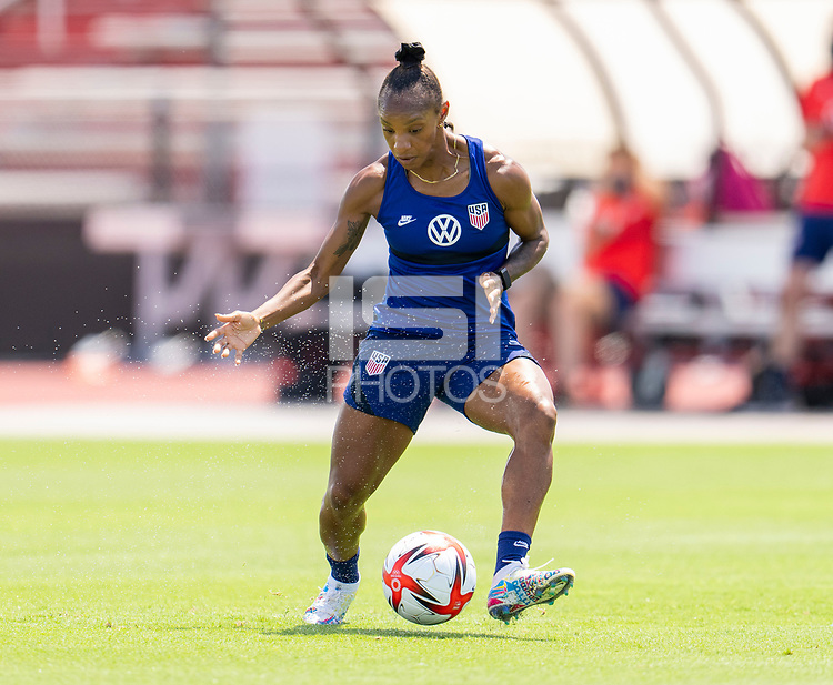 HOUSTON, TX - JUNE 8: Crystal Dunn #19 of the USWNT dribbles during a training session at the University of Houston on June 8, 2021 in Houston, Texas.
