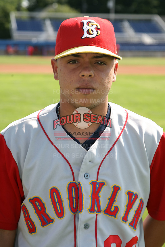 August 6, 2009:  Catcher Juan Centeno of the Brooklyn Cyclones during a game at Dwyer Stadium in Batavia, NY.  The Cyclones are the Short-Season Class-A affiliate of the New York Mets.  Photo By Mike Janes/Four Seam Images