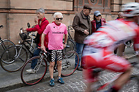 Maglia Rosa fan at the race start<br /> <br /> Stage 10: Ravenna to Modena (147km)<br /> 102nd Giro d'Italia 2019<br /> <br /> ©kramon