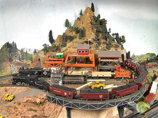 S gauge American Flyer train setup. Earl Wagner, Danville, PA- creator.