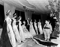 le Carnaval de Québec<br /> ,1958<br /> <br /> Photographe : Photo Moderne