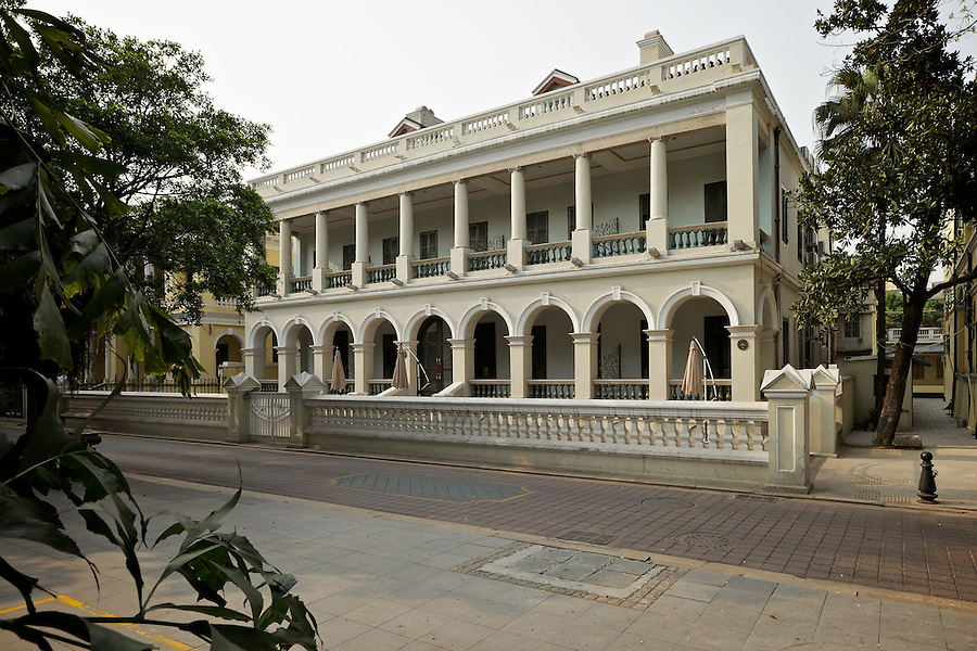 Another Image Of Banque De L'Indo-Chine (Unplaqued But Identified As Such In 20th Century Impressions), 18 South Street, Shamian (Shameen) Island, Guangzhou (Canton).  This Building Was Restored Earlier In 2012 To Its Original Design, With The Removal Of Various 'Bits' Added To It Over The Years.