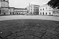 Benevento - Piazza Giacomo Matteotti: visuale dalla Chiesa di Santa Sofia.