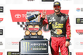 #78: Martin Truex Jr., Furniture Row Racing, Toyota Camry 5-hour ENERGY/Bass Pro Shops celebrates in victory lane