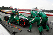 #88: Colton Herta, Andretti Harding Steinbrenner Autosport Honda, pit stop
