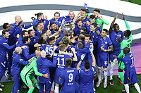 Porto, Portugal, 29th May 2021. The Chelsea players celebrate with the trophy during the UEFA Champions League match at the Estadio do Dragao, Porto. Picture credit should read: David Klein / Sportimage PUBLICATIONxNOTxINxUK SPI-1071-0306 <br /> Oporto 29/05/2021 <br /> Champions League Final <br /> Manchester City Vs Chelsea <br /> Photo Imago/Insidefoto <br /> ITALY ONLY