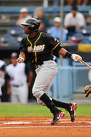 June 4, 2009  Shortstop Tim Beckham (26) of the Bowling Green Hot Rods swings at a pitch during a game at McCormick Field Asheville nc Bowling Green is the South Atlantic League League Low A affiliate of the Tampa Bay Rays.  Photo By Tony Farlow/Four Seam Images