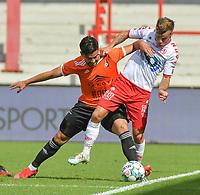 KV KORTRIJK - SK DEINZE : oefenmatch :<br /> stevig duel tussen Soufiane El Banouhi (L) en Kristof D'Haene (R)<br /> <br /> Foto VDB / Bart Vandenbroucke
