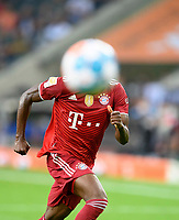Feature, player from M with ball in front of his head, curious, witty, funny, football 1. Bundesliga, 1st matchday, Borussia Monchengladbach (MG) - FC Bayern Munich (M) 1: 1, on August 13, 2021 in Borussia Monchengladbach / Germany. #DFL regulations prohibit any use of photographs as image sequences and / or quasi-video # Â