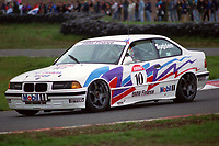 #10 Tim Sugden (GBR). M Team Mobil. BMW 318is Coupe.