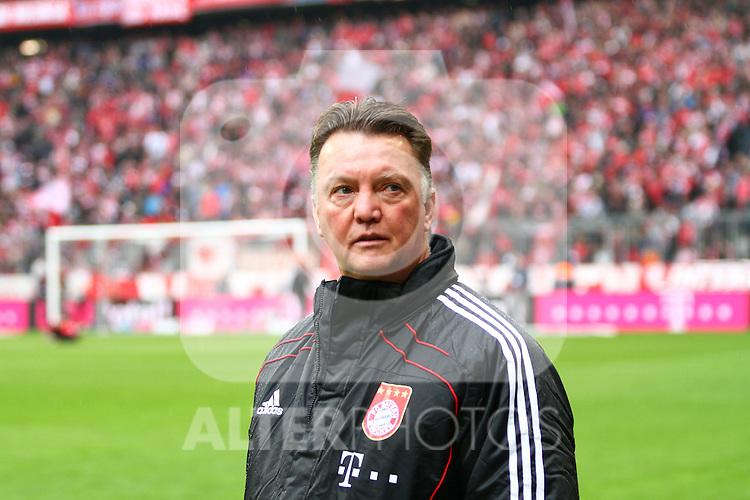 16.10.2010, Allianz Arena, Muenchen, GER, 1.FBL, FC Bayern Muenchen vs Hannover 96, im Bild Louis van Gaal (Trainer Bayern), Foto © nph / Straubmeier