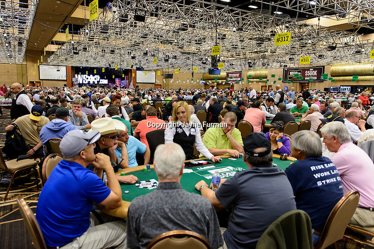 Seniors playing in Event 17 pack the Pavilion Room