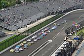 #11: Denny Hamlin, Joe Gibbs Racing, Toyota Camry FedEx Possibilities and #21: Paul Menard, Wood Brothers Racing, Ford Fusion Menards / Dutch Boy