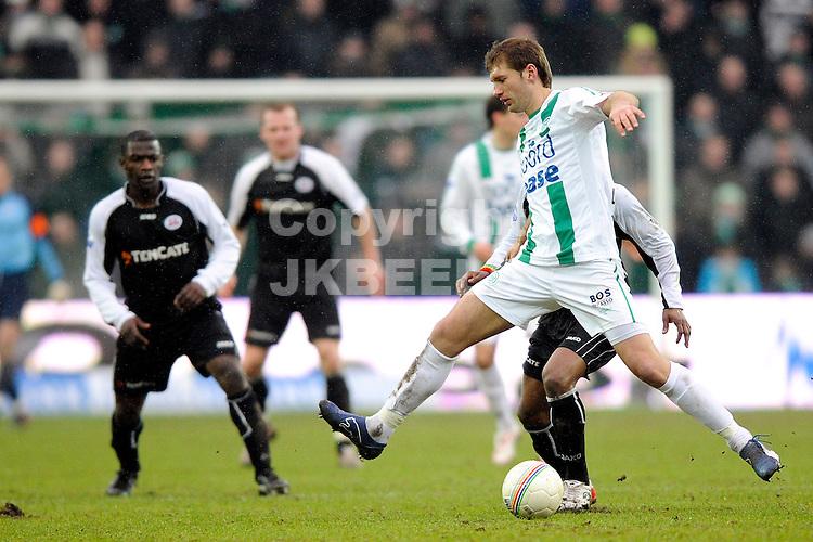 voetbal fc groningen - heracles eredivisie seizoen 2008-2009 15-02-2009 levchenko. fotograaf jan kanning  . . .