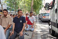 - prayer of the friday in front of the Muslim Center  of Jenner avenue ....- preghiera del venerdì davanti al Centro Islamico di viale Jenner