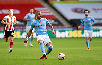 31st October 2020; Bramall Lane, Sheffield, Yorkshire, England; English Premier League Football, Sheffield United versus Manchester City; Kyle Walker of Manchester City passing the ball forward