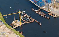 4415/Schleuse:EUROPA, DEUTSCHLAND, SCHLESWIG- HOLSTEIN, LUEBECK21.05.2005: Bauwerk, Trave, Schleuse,  Luftbild