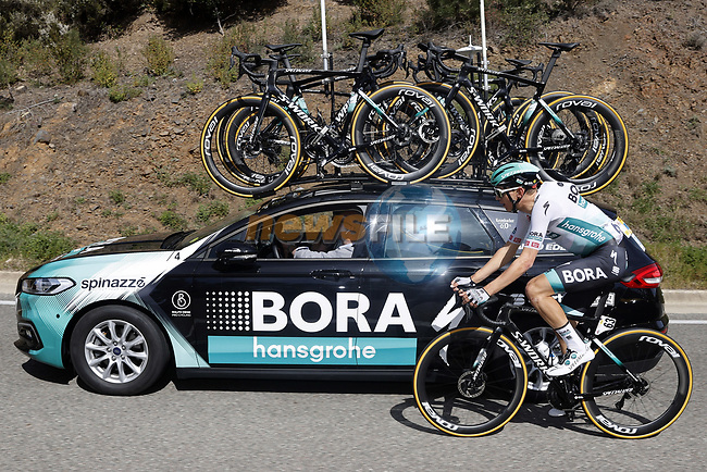 Lennard Kamna (GER) Bora-Hansgrohe back at the team car during Stage 1 of the 100th edition of the Volta Ciclista a Catalunya 2021, running 178.4km from Calella to Calella, Spain. 22nd March 2021.   <br /> Picture: Bora-Hansgrohe/Luis Angel Gomez/BettiniPhoto | Cyclefile<br /> <br /> All photos usage must carry mandatory copyright credit (© Cyclefile | Bora-Hansgrohe/Luis Angel Gomez/BettiniPhoto)