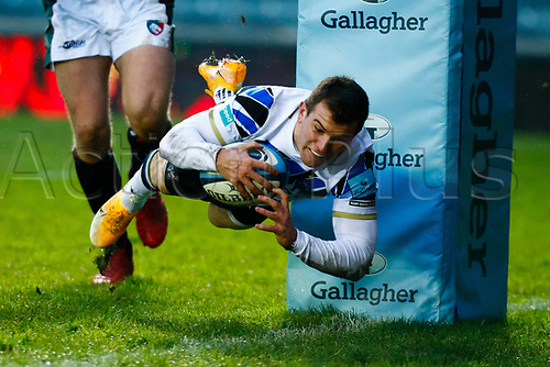 3rd January 2021; Welford Road Stadium, Leicester, Midlands, England; Premiership Rugby, Leicester Tigers versus Bath Rugby; Ben Spencer of Bath Rugby dives over for Bath's second try (0-12)