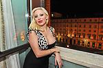 """VALENTINA CICCONE<br /> """"PARTY ANTICRISI CON ESORCISMI"""" DI PAOLO PAZZAGLIA<br /> PALAZZO FERRAJOLI  ROMA 2011"""