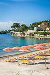France, Provence-Alpes-Côte d'Azur, Beaulieu-sur-Mer: beach La Calanque and Baie des Fourmis   Frankreich, Provence-Alpes-Côte d'Azur, Beaulieu-sur-Mer: Plage La Calanque an der Baie des Fourmis