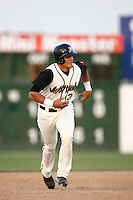 May 19  2007: Aaron Bates of the Lancaster JetHawks runs the bases against the Lake Elsinore Storm at Clear Channel Stadium in Lancaster,CA.  Photo by Larry Goren/Four Seam Images