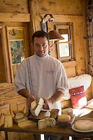 """Europe/France/Rhône-Alpes/73/Savoie/Notre-Dame-de-Bellecombe: Restaurant,Ferme Auberge,""""La Ferme de Victorine"""" le Chef Denis Vinet et le plateau des fromages de Savoie"""