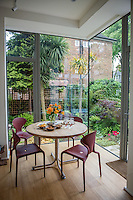Great Britain, England, London. Angela Fisher and Carol Beckwith's house.