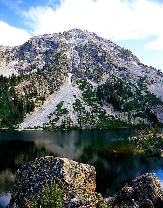Farley Lake, Sawtooth Mountains, Idaho in deep summer