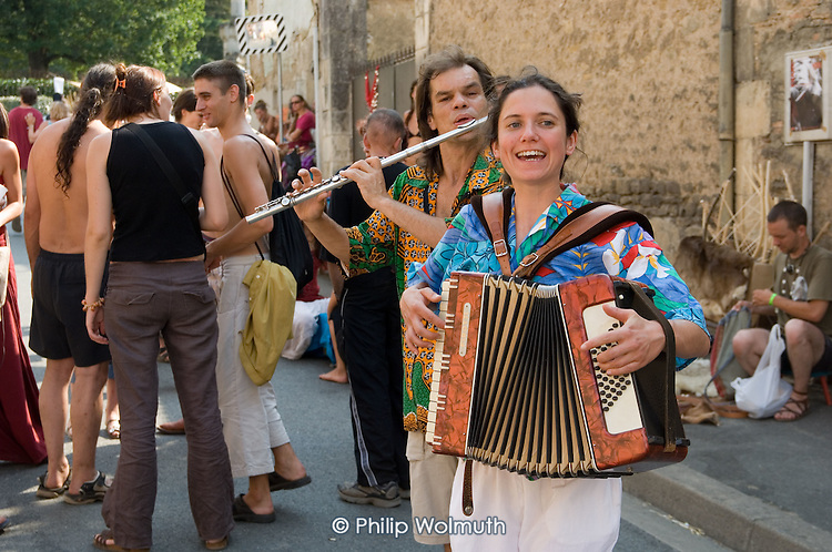 Street performer in the village of Saint Chartier during the 31st International Festival of Luthiers and Maitres Sonneurs.