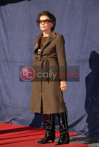 Leslie Caron<br /> at the star ceremoney for Leslie Caron into the Hollywood Walk of Fame, Hollywood, CA. 12-08-09<br /> David Edwards/DailyCeleb.com 818-249-4998