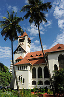 Tanzania Dar es Salaam, protestant lutheran Azania cathedral, It was built by the German missionaries in 1898, in the Bavarian style  / TANSANIA Dar es Salam, die evangelisch-lutherische Azania Kathedrale von 1898