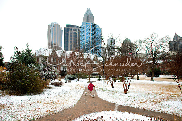Charlotteans enjoy a rare snowfall that coated the Southeastern city in January 2009.